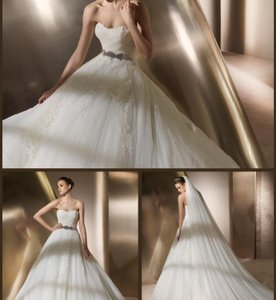 Pronovias Raidis Wedding Dress