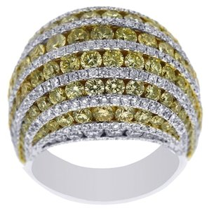 BRAND NEW, Ladies 18K Yellow And White Diamond Cocktail Ring