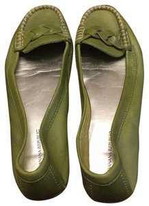 Banana Republic Lime / apple green Flats