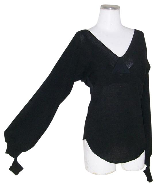 Preload https://item3.tradesy.com/images/chloe-black-dangle-cuff-knit-night-out-top-size-4-s-5336932-0-2.jpg?width=400&height=650