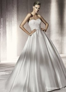 Pronovias Palmer Wedding Dress