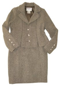 Chanel CHANEL TWEED JACKET + SKIRT SUIT SIZE 44 GORGEOUS !! 2 PIECE SET