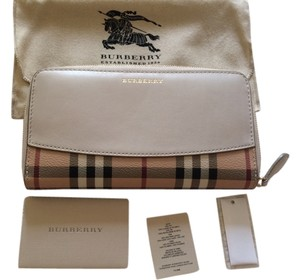 Burberry 2015 Burberry leather and haymarket wallet stone