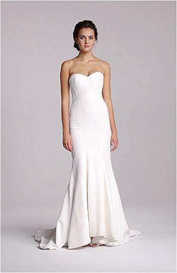 Nicole Miller Ivory Other Faille Trumpet Gown Traditional Wedding Dress Size 0 (XS)