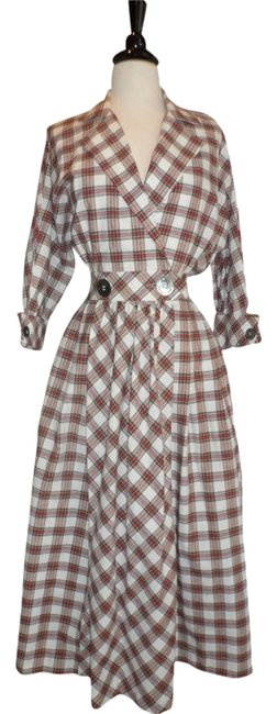 Preload https://item3.tradesy.com/images/plaid-holiday-long-casual-maxi-dress-size-8-m-534317-0-0.jpg?width=400&height=650