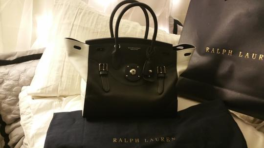 Ralph Lauren Leather Soft Leather Rickybag Statementbag Luxury Satchel in black and white
