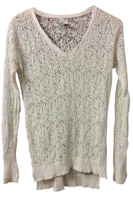 Preload https://item3.tradesy.com/images/aeropostale-white-flash-sale-crochet-high-low-design-sweaterpullover-size-8-m-5344642-0-0.jpg?width=400&height=650