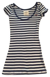 Hollister T Shirt Navy & white stripes
