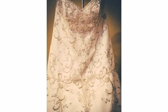 1891003 Wedding Dress