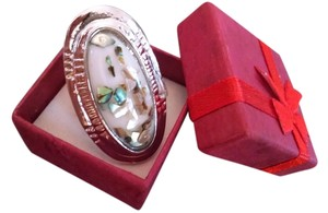 NEW!!! Stunning 18K White Gold Mother of Pearl Shell Ring Free Shipping