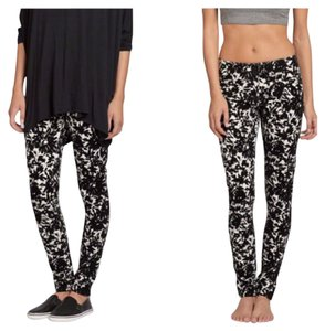 Abercrombie & Fitch Black/White Leggings