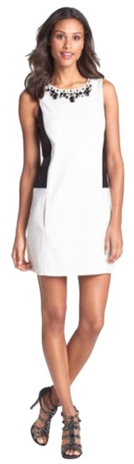 Preload https://item2.tradesy.com/images/laundry-by-shelli-segal-black-and-white-short-cocktail-dress-size-6-s-5352601-0-0.jpg?width=400&height=650