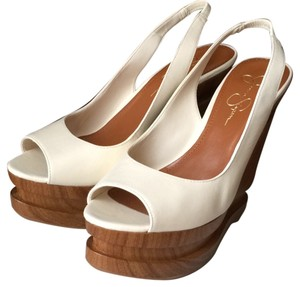 Jessica Simpson Ivory Wedges