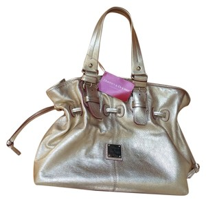 Dooney & Bourke & Chiara Nautical Gold Pink Metallic Valentines Day Tote in Metallic Gold