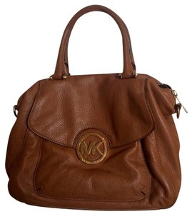 Michael Kors Large Mk Satchel in Tan