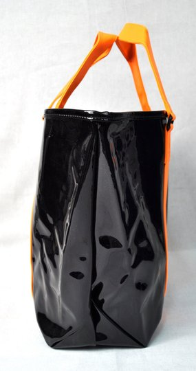Marc by Marc Jacobs Purse Handbag Tote in Black Orange