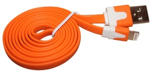 Momentum IPHONE5 USB CHARGER CABLE