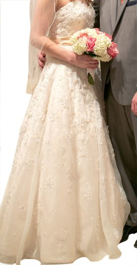 Audrey Hart Ivory/White Feminine Wedding Dress Size 4 (S)