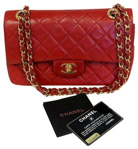 Chanel Jumbo Quilted Maxi Caviar Shoulder Bag