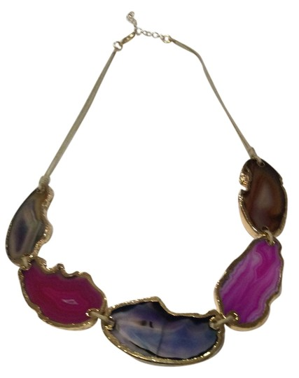 Preload https://item4.tradesy.com/images/jewelry-necklace-5362648-0-2.jpg?width=440&height=440