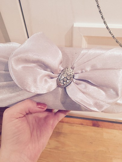 Other Formal Special Ocassion Bridesmaid Prom Homecoming Removable Strap Bow Jewel Silver Clutch