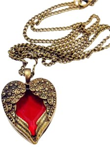 ANGEL WING FIRE HEART RED RETRO/VINTAGE STYLE NECKLACE