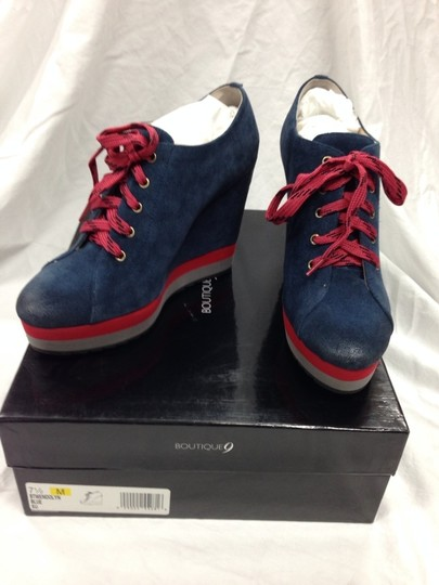 Boutique 9 Navy With Hot Pink Trim Wedges