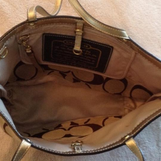 Coach Hand Satchel Tote in GOLD