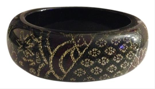 Preload https://item2.tradesy.com/images/other-lucite-acrylic-cloth-gold-thread-bangle-537131-0-0.jpg?width=440&height=440