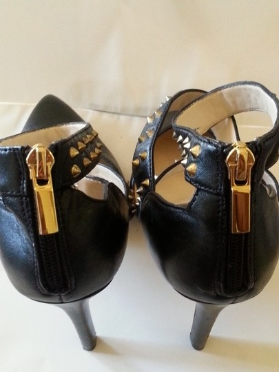 Boutique 9 Studded 9 9 By Nine West Strappy Black Pumps