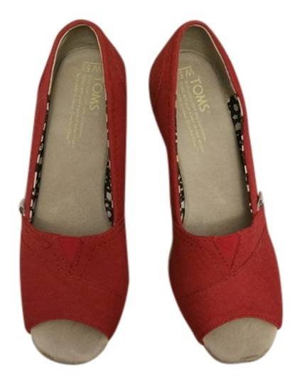 TOMS Comfortable Red canvas Wedges