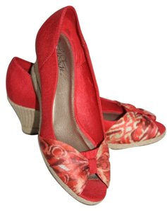 LifeStride Coral Wedges