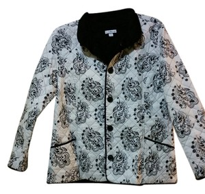 Croft & Barrow Quilted Reversible Black and White Damask Blazer