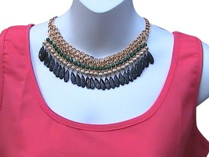Other Stylist Bib Choker