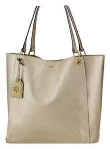 Lauren Ralph Lauren Tote in Gold