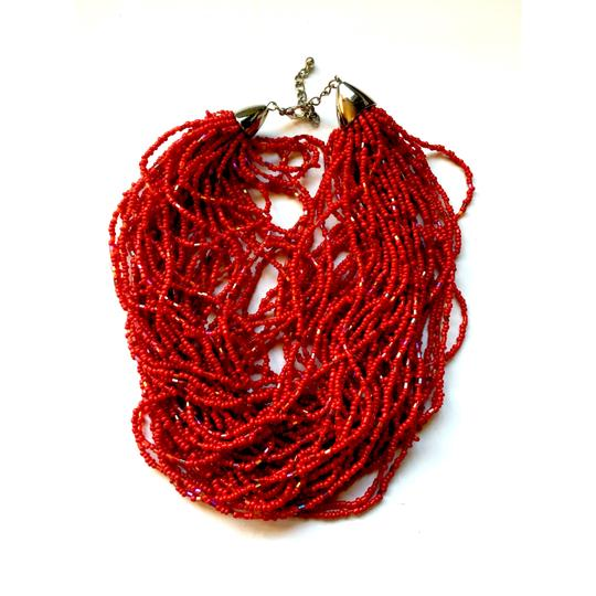 Preload https://img-static.tradesy.com/item/538789/red-seed-bead-choker-necklace-0-1-540-540.jpg