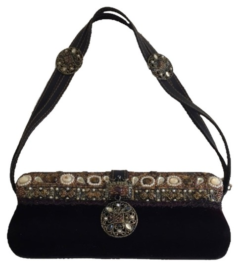 Preload https://item3.tradesy.com/images/mary-frances-clutch-chocolat-5389672-0-0.jpg?width=440&height=440