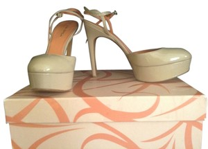 Via Spiga Leather Neutral Wedding Classic nude patent Platforms