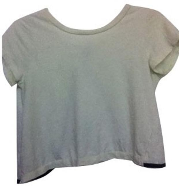 Preload https://item5.tradesy.com/images/urban-outfitters-light-green-blouse-size-8-m-539-0-0.jpg?width=400&height=650