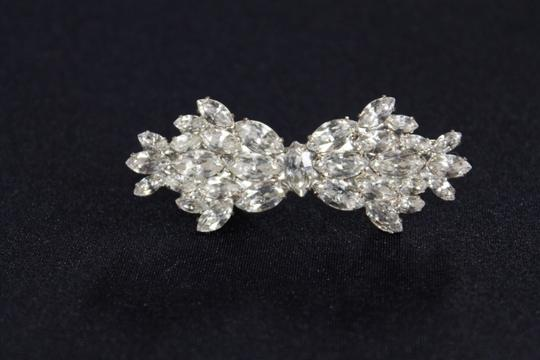 Preload https://item4.tradesy.com/images/unknown-vintage-inspired-brooche-5390008-0-0.jpg?width=440&height=440