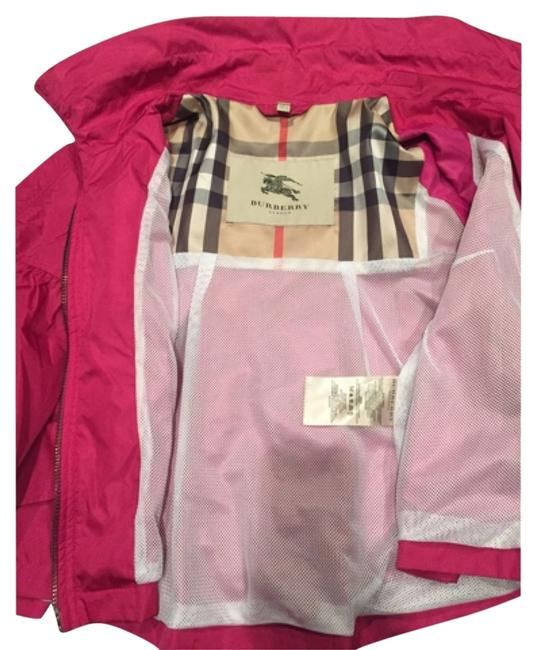 Preload https://item1.tradesy.com/images/burberry-pink-cropped-coat-spring-jacket-size-10-m-5390485-0-0.jpg?width=400&height=650