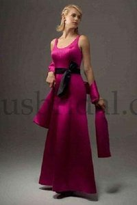 Venus Bridal Hot Pink / Black Bella Maids D525 Dress