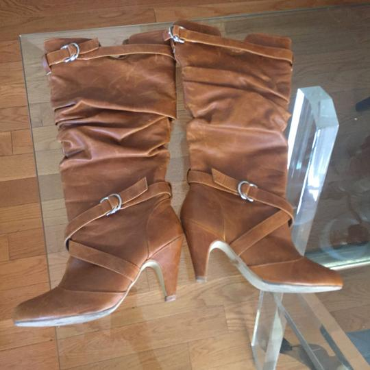Windsor Tan Boots
