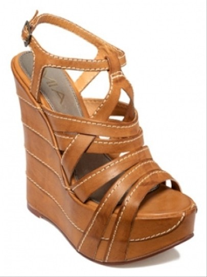 MIA Light Brown Wedges