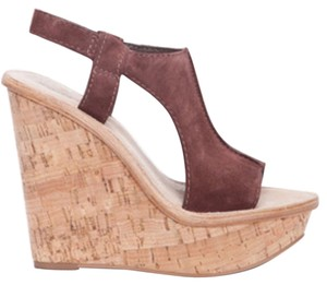 Elizabeth and James Brown Wedges