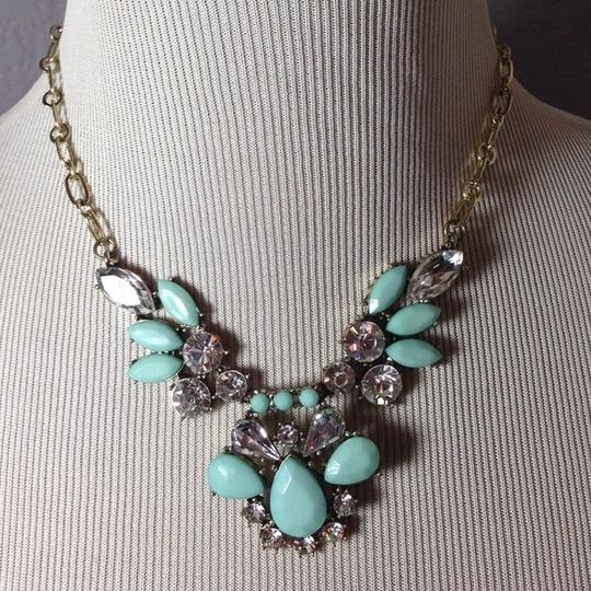 Other Mint Feather Statement Necklace NWOT
