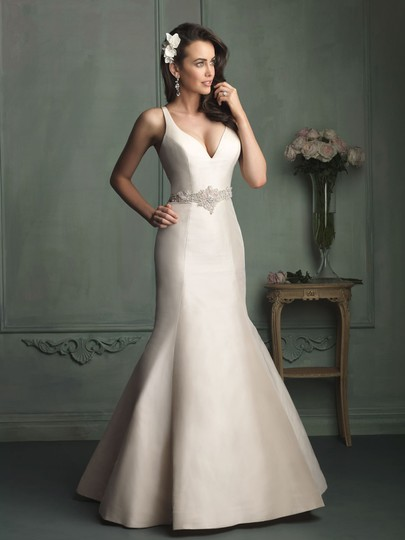 Preload https://img-static.tradesy.com/item/5394565/allure-bridals-champagne-satin-wedding-dress-size-6-s-0-3-540-540.jpg