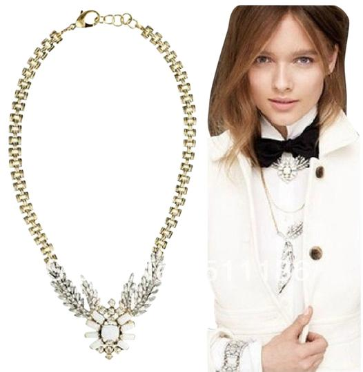Preload https://item1.tradesy.com/images/white-wheat-wing-statement-necklace-539460-0-0.jpg?width=440&height=440