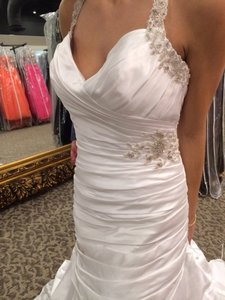 Pronovias Off-white Satin/Organza Porto Modern Wedding Dress Size 14 (L)