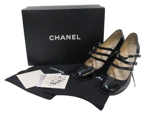Chanel Patent Leather Mary Jane Black Pumps